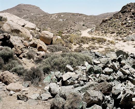 David Goldblatt, Copper bearing rocks at Simon van der Stel's exploratory mine, Carolusberg, Northern Cape (2004).
